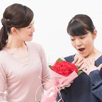 母の日に喜ばれる花言葉:あじさいやバラの花言葉は?色にも意味がある?