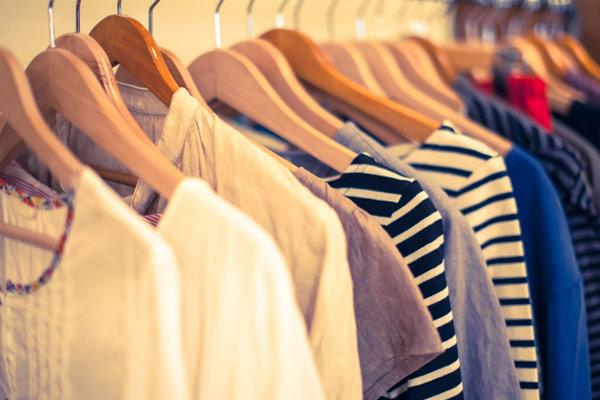 小物や洋服